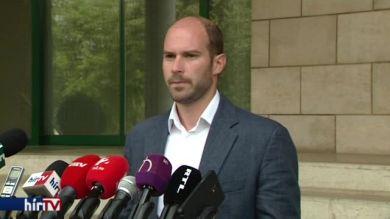 Hollik István: Vona Gábornak bocsánatot kell kérnie a nyugdíjasoktól