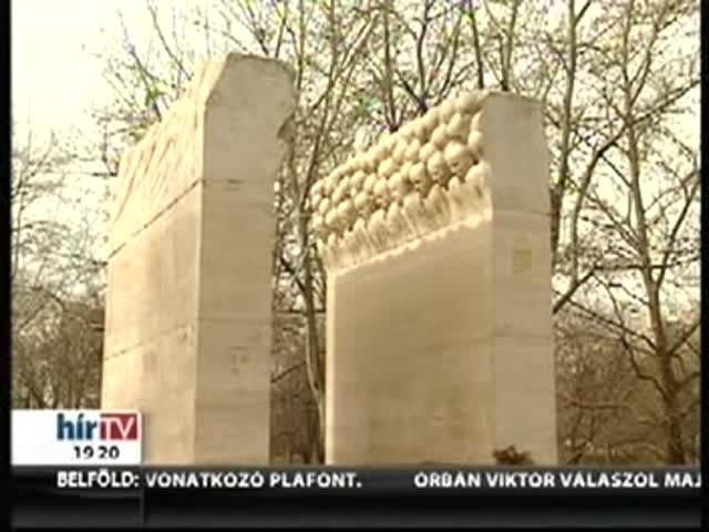 """""""Fontos emlékezni és emlékeztetni a diktatúra áldozataira"""""""