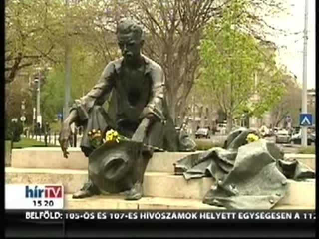 A Parlamentnél marad a József Attila-szobor