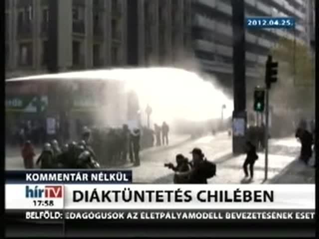 Diáktüntetés Chilében