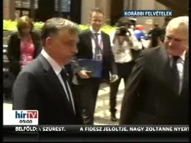 Orbán Viktor tájékoztatja az Országgyűlést