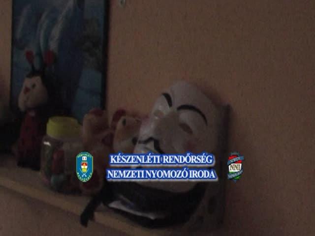 Anonymus – a rendőrség videója a házkutatásról