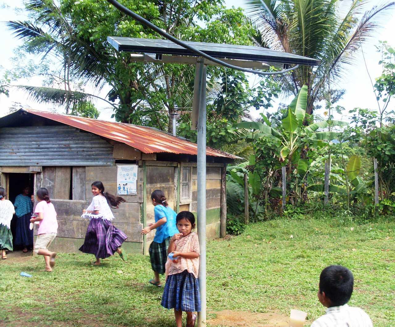 Imagen descriptiva de cabecera de la ONG Energía Sin Fronteras
