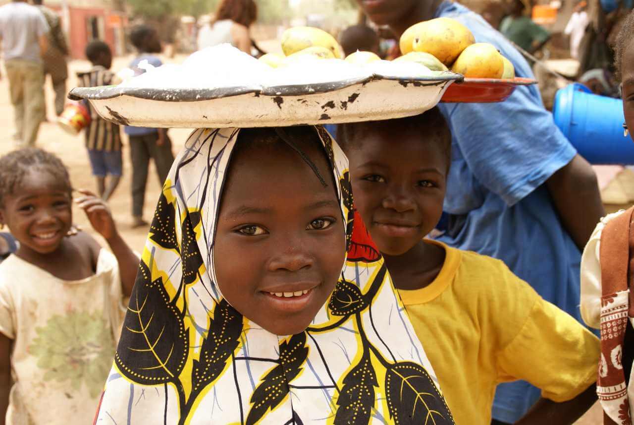 Imagen descriptiva de cabecera de la ONG Manos Unidas