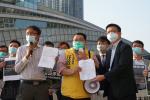 新民主同盟高鐵站請願促停高鐵阻疫情