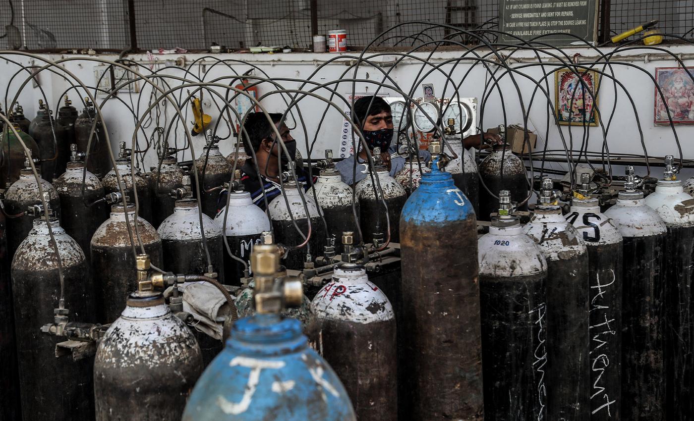 Ex-Congress leader arrested for black-marketing of oxygen cylinder in Haryana.