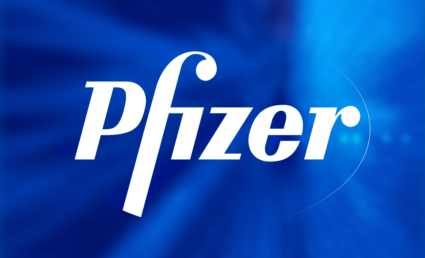 A hospital worker with no allergies was taken to the hospital after receiving the Pfizer/BioNTech vaccine.