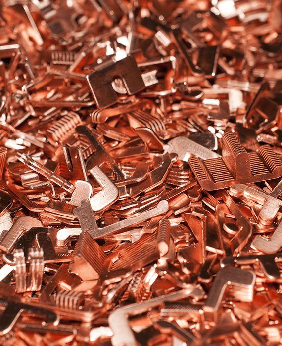 Copper kills the novel coronavirus.