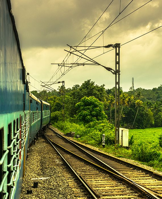 The first railway line in Kerala was laid in Munnar.