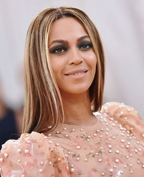False Beyonce S Real Name Is Ann Marie Lastrassi And She Is Italian