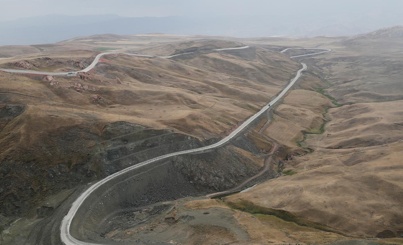 Turkey's new wall on Iran border limits migration.