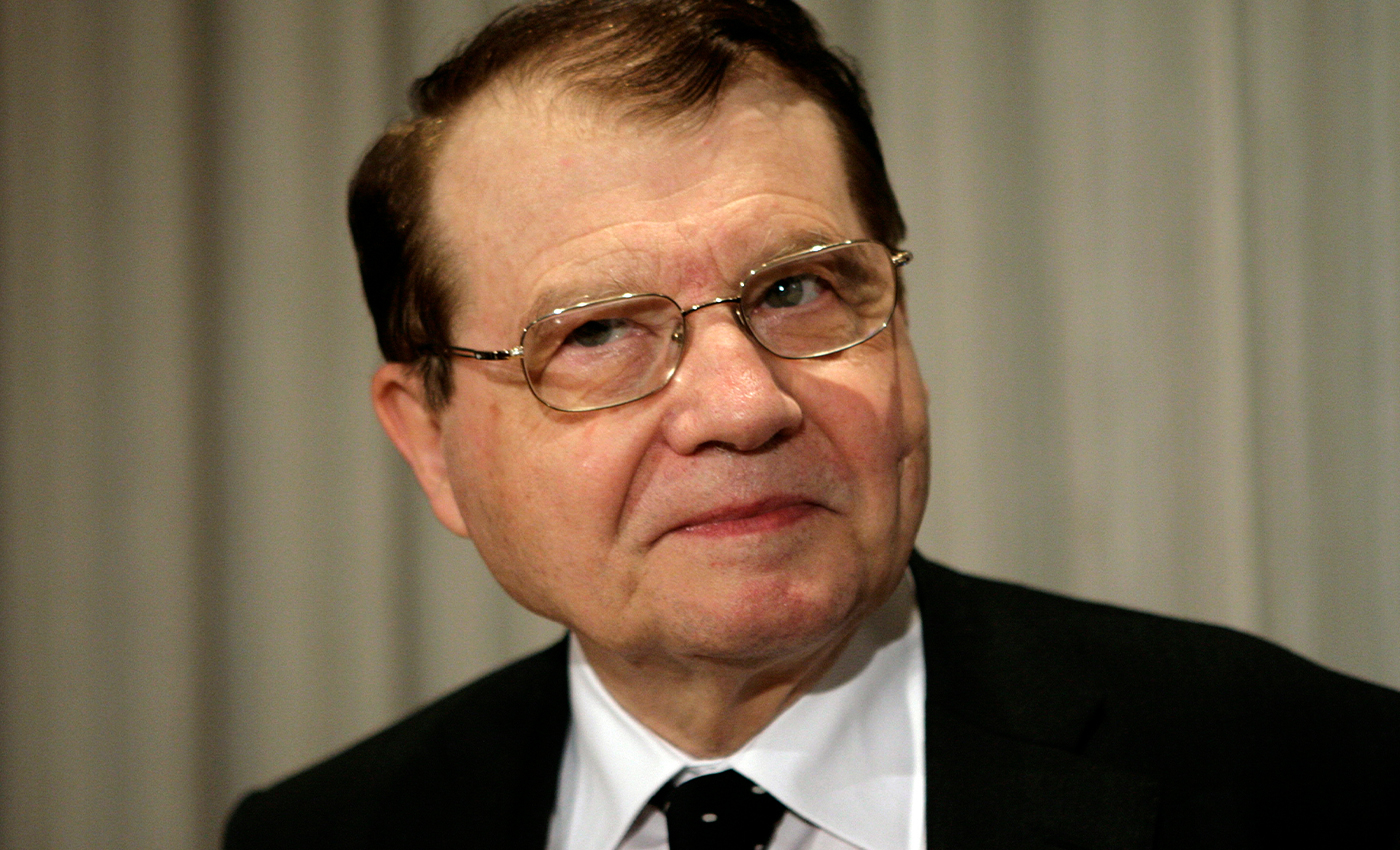"""The virologist Nobel Prize winner Luc Montagnier said that COVID-19 is an """"unacceptable mistake."""""""