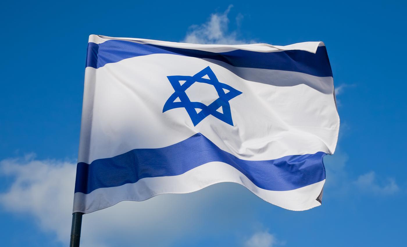 Israel will bomb Pakistan's nuclear facilities if it attacks India.