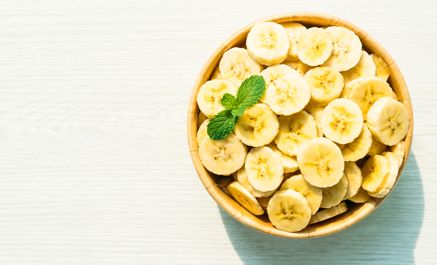Eating bananas can prevent COVID-19.