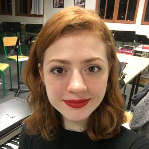 professional online World Literature tutor Abby