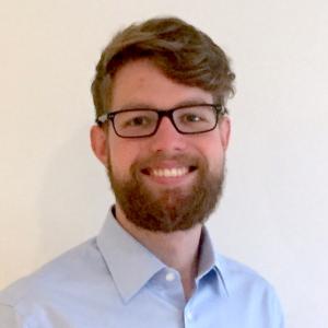 professional online Politics tutor Chris