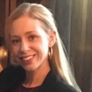 professional online Academic Writing tutor Alice