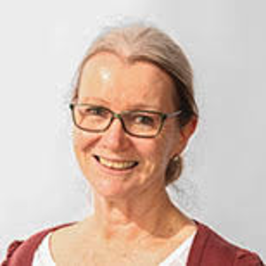 professional online Real Estate tutor Lynne