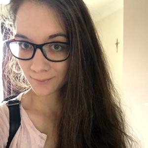 professional online Ancient Greek tutor Roxana