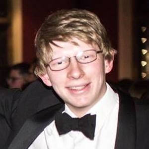 professional online GAMSAT tutor Adam