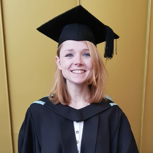 professional online Marine Science tutor Jessica