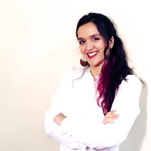 professional online Anthropology tutor Anita