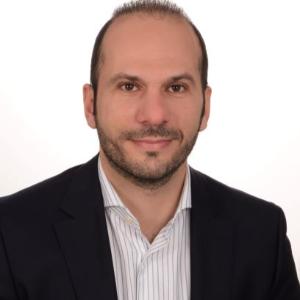 professional online Digital Technology tutor Christos