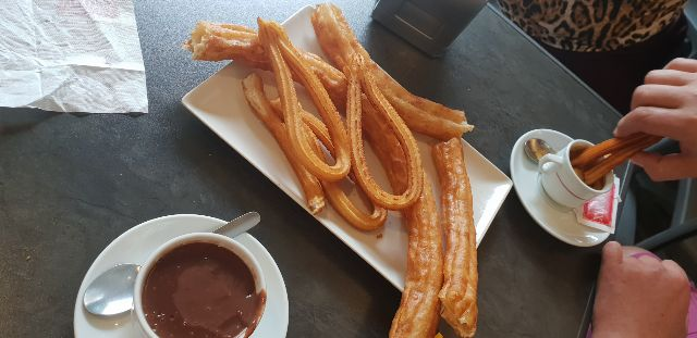 Cafe con churros
