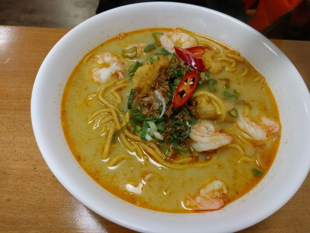 Mixed seafood with Nissin noodles soup