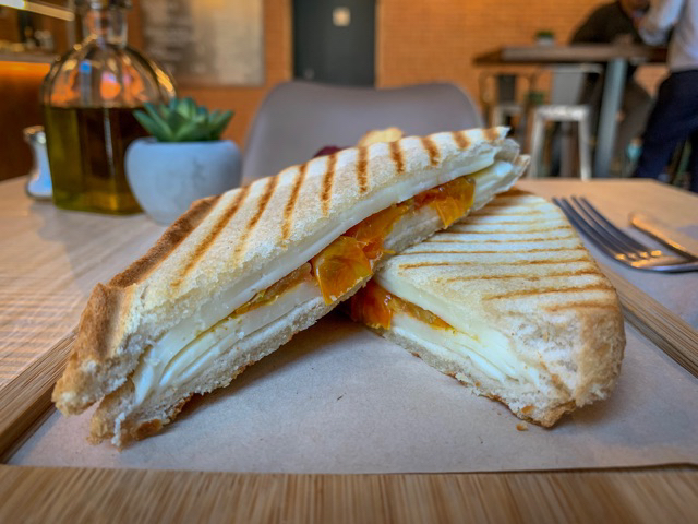Sandwich Grilled Cheese
