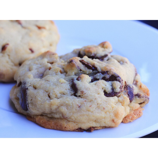 Original chocolate chip cookie with pecans