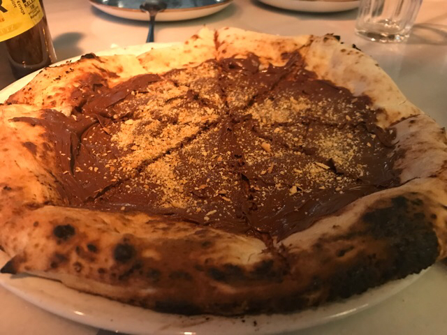 Ichi's nutella pizza