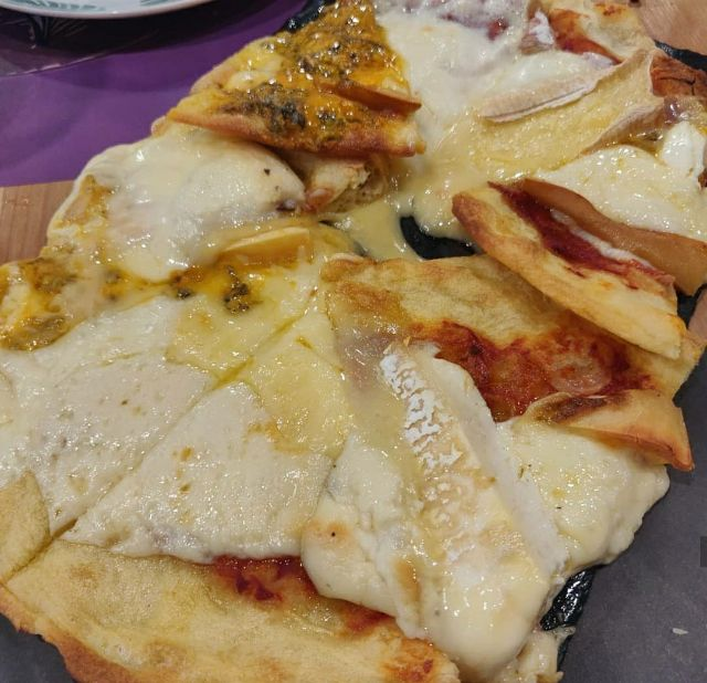 Pizza de 11 quesos