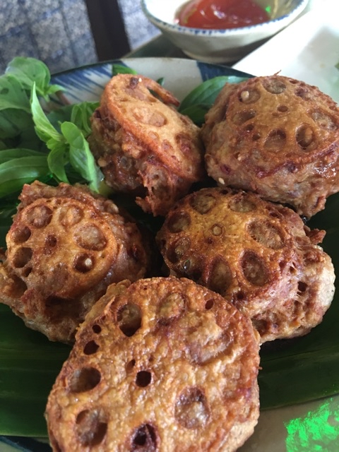 Lotus root stuffed with pork