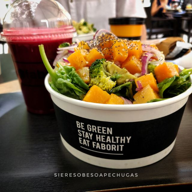 Smoothie green red