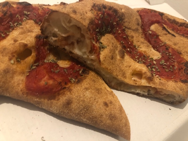 Pizza Calzone (Blue Cheese)
